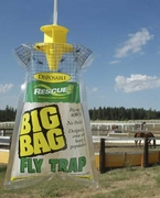 Rescue! Disposable Non-toxic BIG BAG Fly Trap Country Size